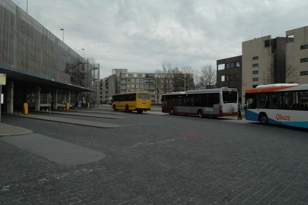 bus-station-van-knobeldorffsplein_8674819514_o