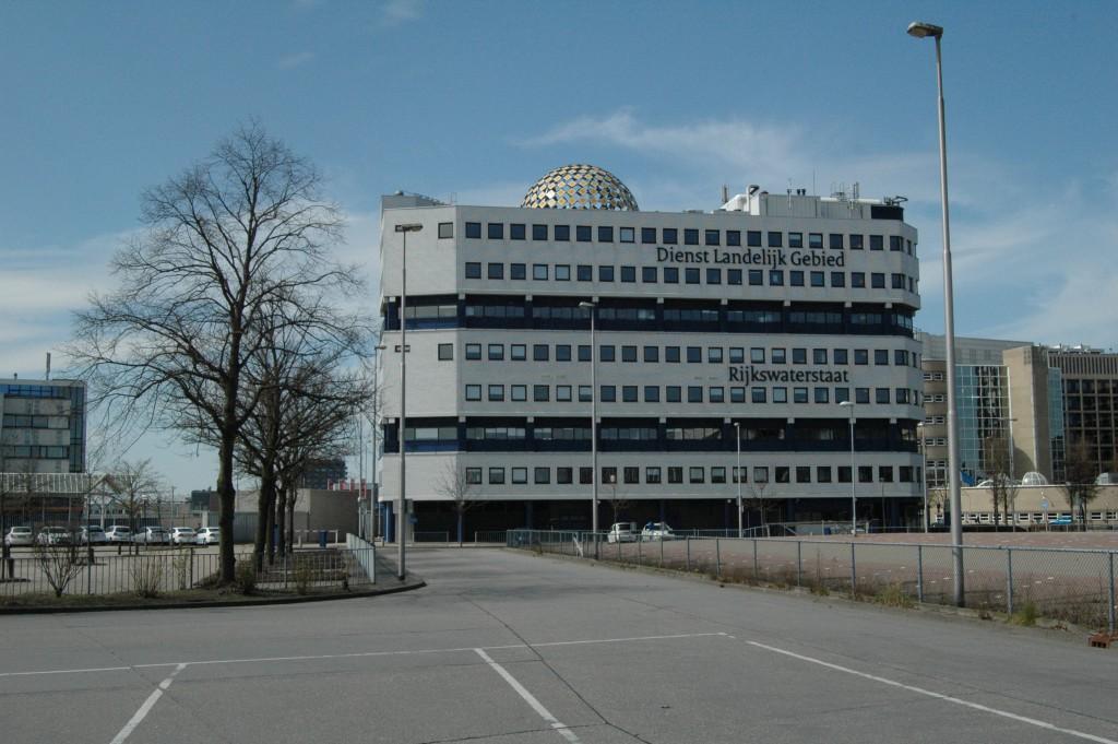 rijkswaterstaat-building_8674822654_o